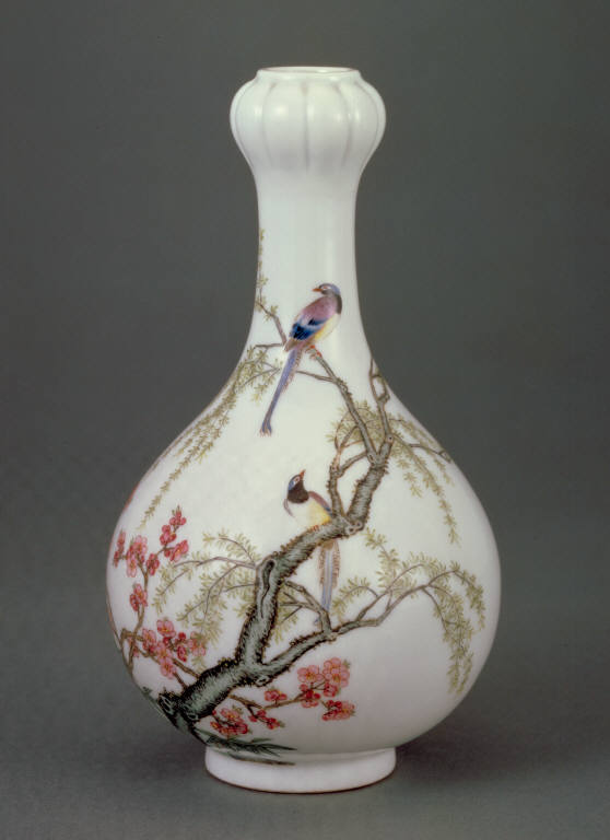Garlic-head vase with willow and swallow decor in painted enamels